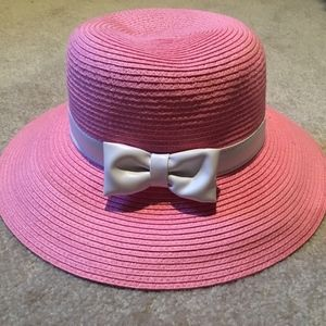 NEW W TAGS- J&J Pink Hat w White Leather Bow (4-5)